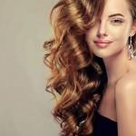 La bioestimulación capilar activa ayuda a detener la caída del cabello