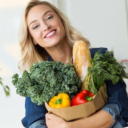 Qué debes meter en tu cesta de la compra para no engordar este verano