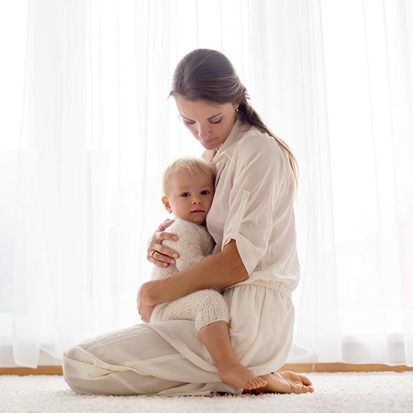 Aumento de pecho: embarazo y lactancia