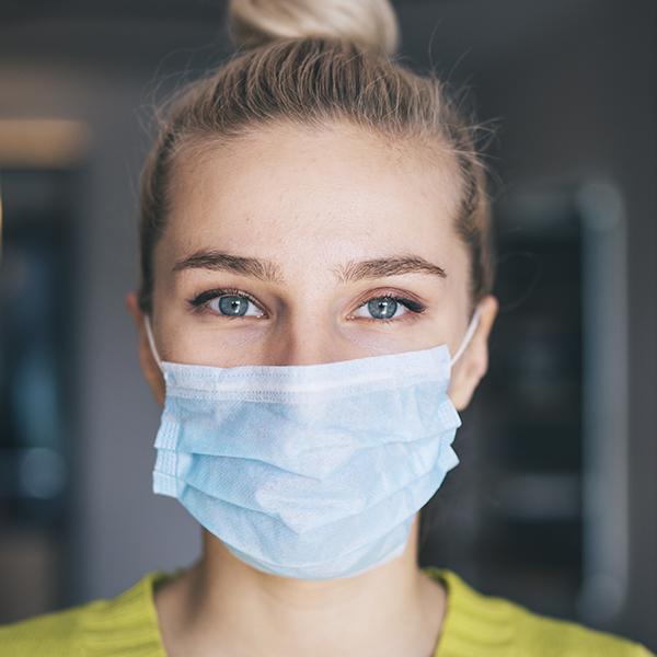 ¿Cómo afectan las mascarillas protectoras a la piel?