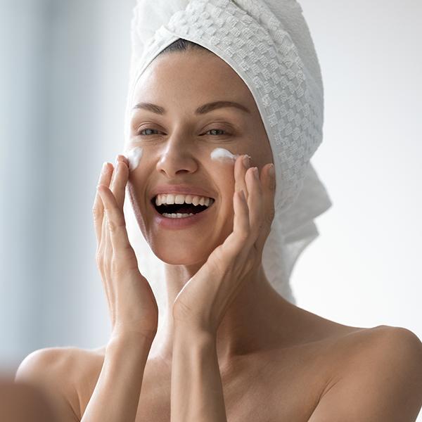 Cuidados externos e internos de la piel en verano