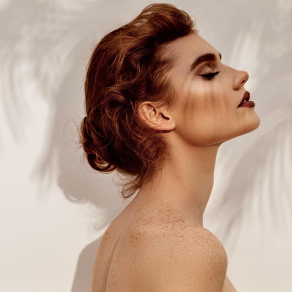 ¿Qué es el contouring facial? Define tus rasgos sin cirugía.